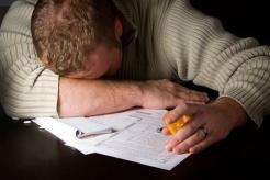 6037112 - preparing taxes - concept suicide